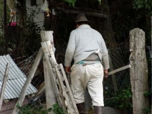 Gaucho in Cuyin Manzano carrying his knife.