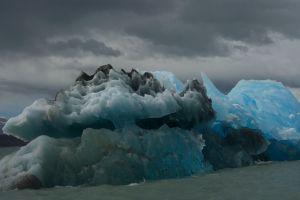 Ice berg in Lago Argentino, in Los Glaciares National Park, Patagonia, Argentina.