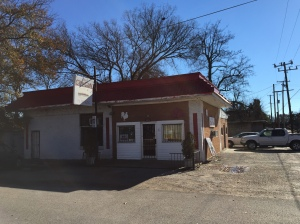 The A & A City Cafe, Perkin AR. Lots of pickups were parked here 30 min earlier. A true gem!