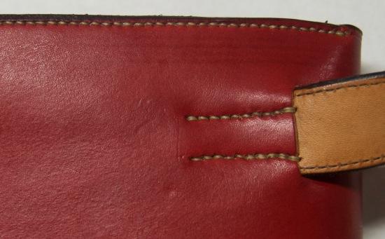 red_simple_bag_detail